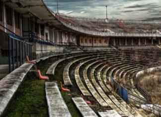Groundhopping - zerfallenes Stadion