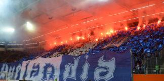 Lech Poznan Fans mit Pyroshow