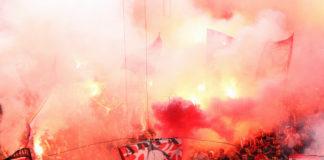 Olympiakus Piräus Fans Pyro Show