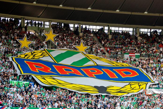 Rapid Wien Fans mit Choreographie