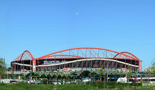 Estadio_da_Luz_Benfica_Lissabon_Aussenansicht