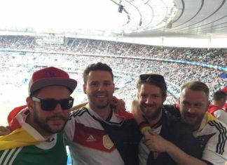 Deutsche_Fans_im_Stade_de_France