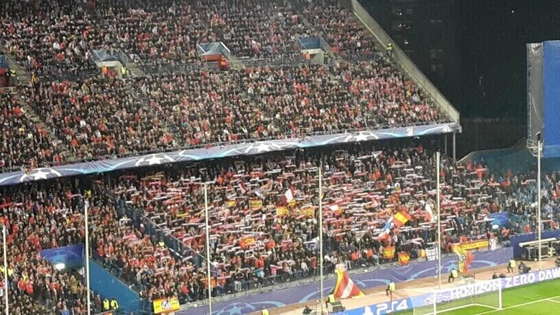 Atletico Madrid Fans Estadio Vicente Calderon