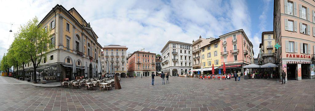 Piazza Riforma, FC Lugano